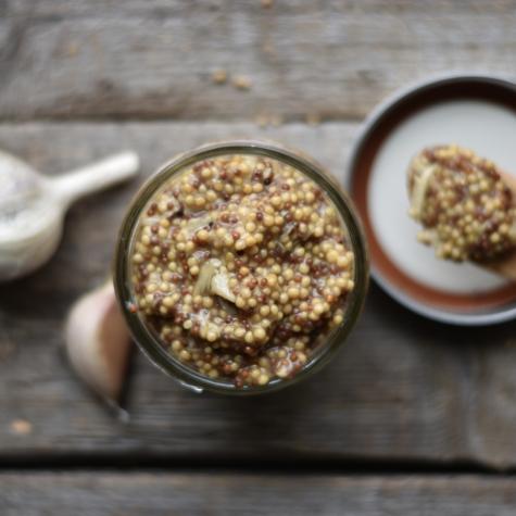 Whole Grain Roasted Garlic Mustard